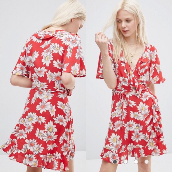 84cfe8a7d47a ASOS Dresses & Skirts - ASOS Red Floral Ruffled Mini Wrap Dress